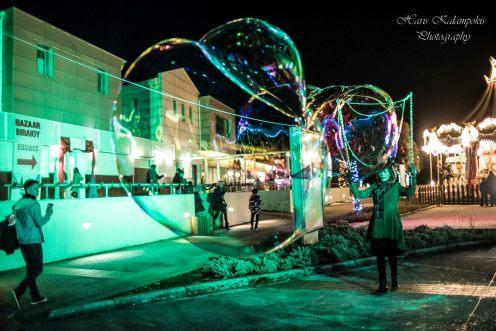 christmas bubble shows 00