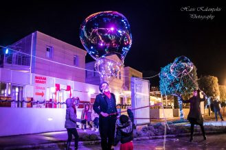 christmas bubble shows 02