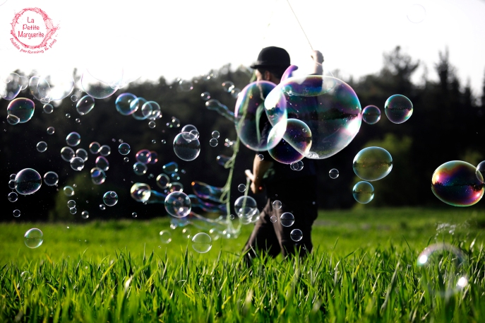 Ο κήπος των ευχών | Bubble Parade | bubbleperforming.com 03