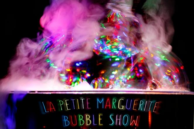 Indoor Bubble Show